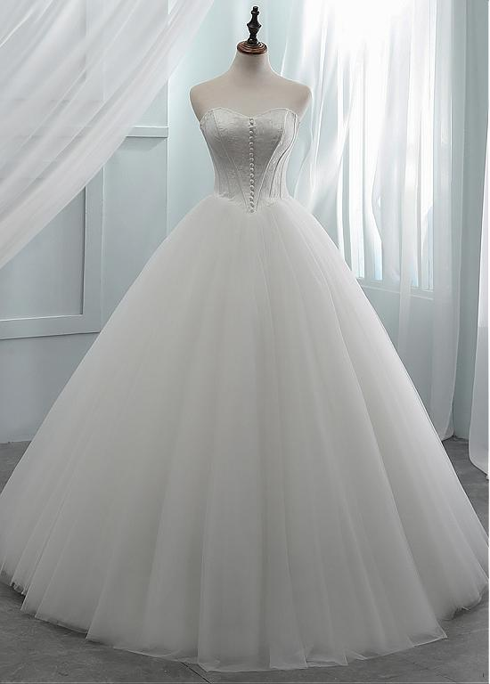 Lace Sweetheart Long Ball Gown Button Wedding Dress